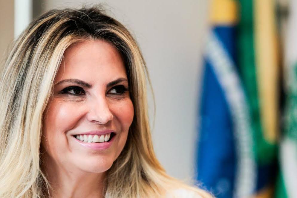 Cida Borghetti - Sou candidata em qualquer cenário, afirma Cida Borghetti